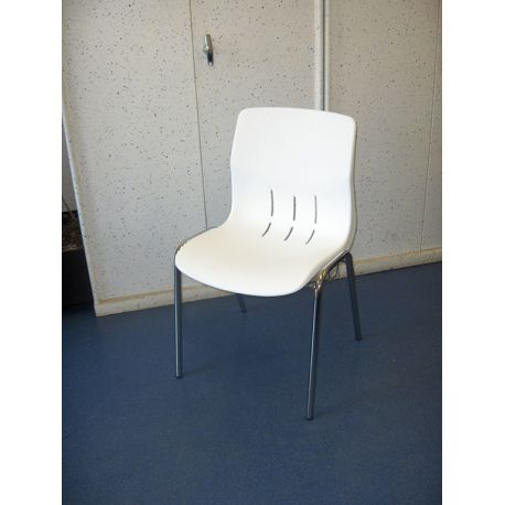 Chaise empilable Kaline M4